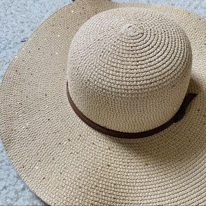 NWOT Sparkly and Floppy Sun Hat for Women